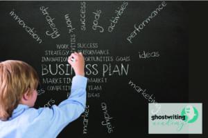 kleiner Junge macht Businessplan